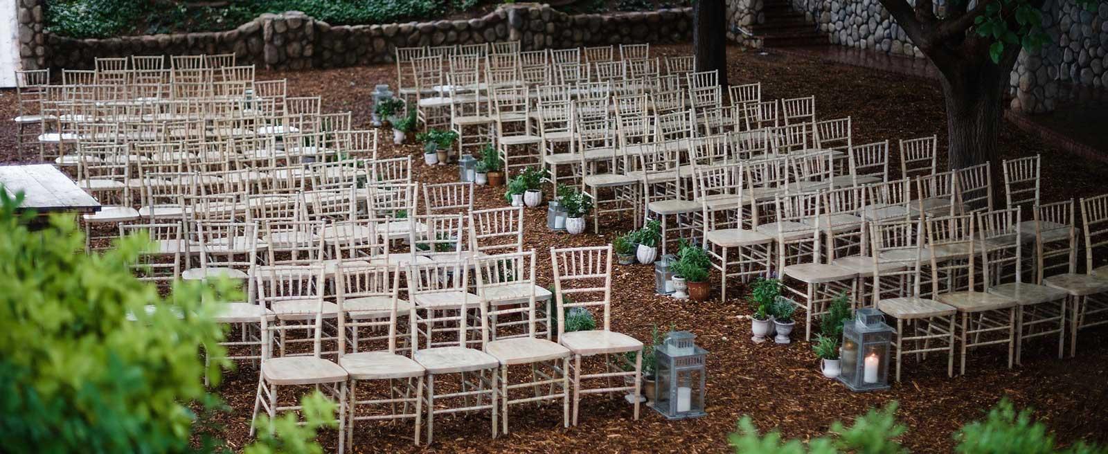 VINTAGE-CHIAVARI-WEDDING